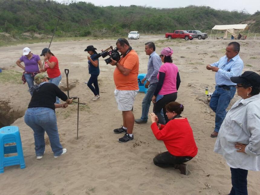 Los restos encontrados en las fosas de Veracruz son tantos que falta el...