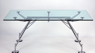 La genialidad del arquitecto Norman Foster transformada en objetos que tú puedes obtener