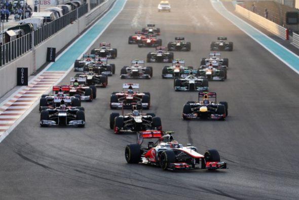 El finlandés Kimi Raikkonen (Lotus) ganó el Gran Premio de...