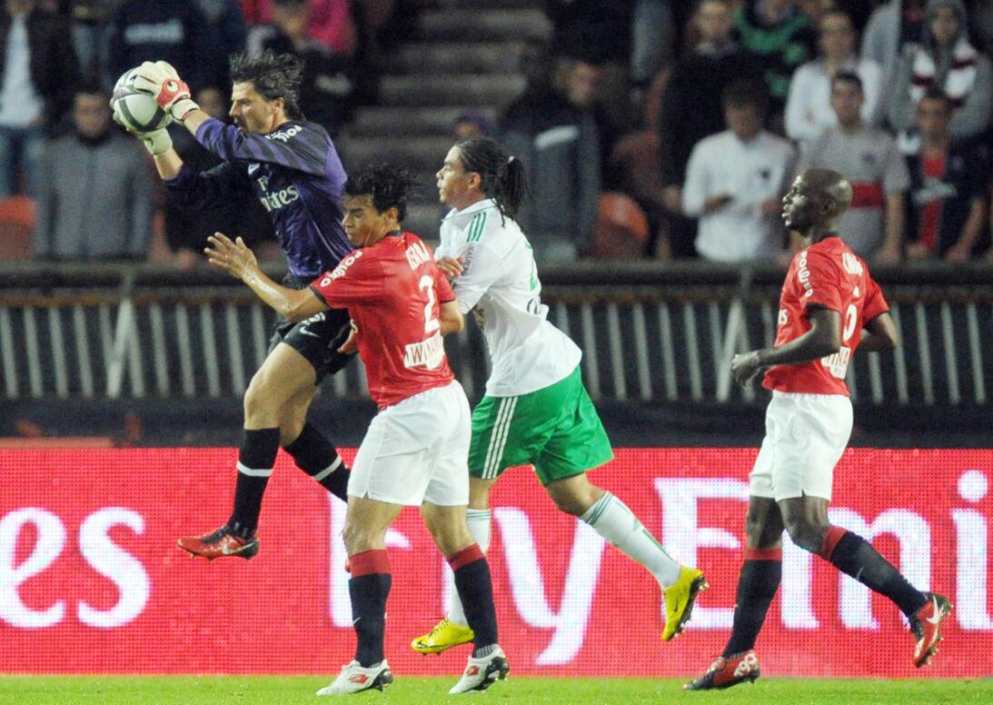 Futbolistas 'fuera de serie' por su presencia física GettyImages-1032894...