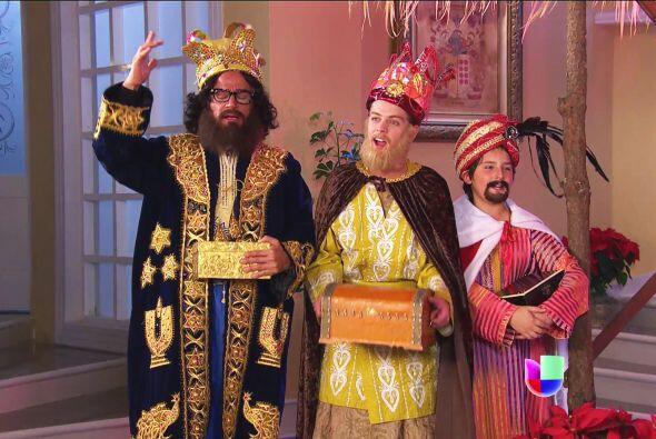 ¡Ahhh! Y no están solas, los Reyes Magos llegaron para poner en su lugar...