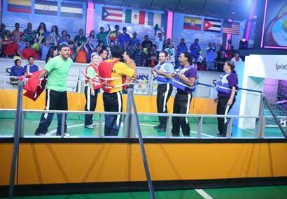 Colombia (verde) y Dominicana se enfrentaron en la otra llave.
