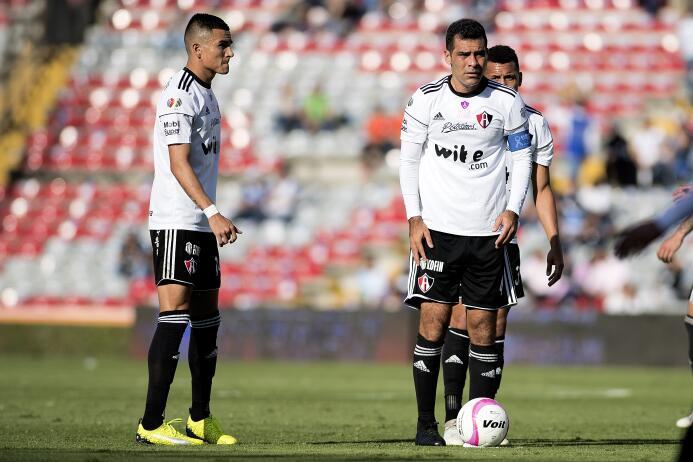 Vuelve Rafa Márquez y Querétaro le regala el empate al Atlas 20171028-78...