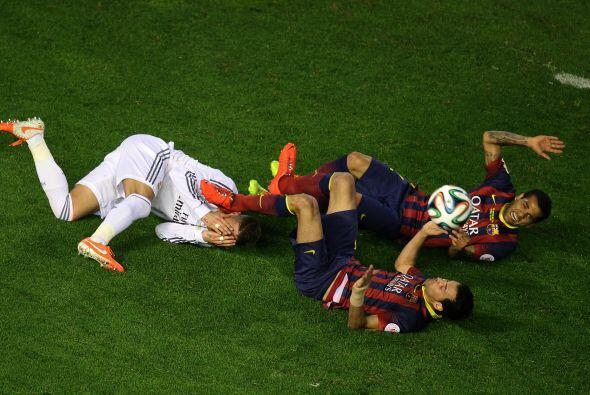 No faltaron los choques y reclamos, como es habitual en un Real Madrid-B...