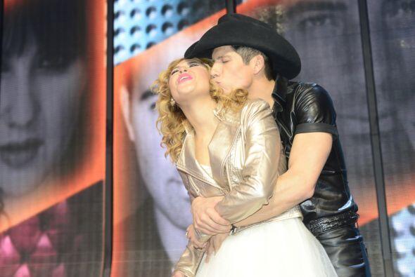 ¡Qué besote le dio Fernando a Paloma!