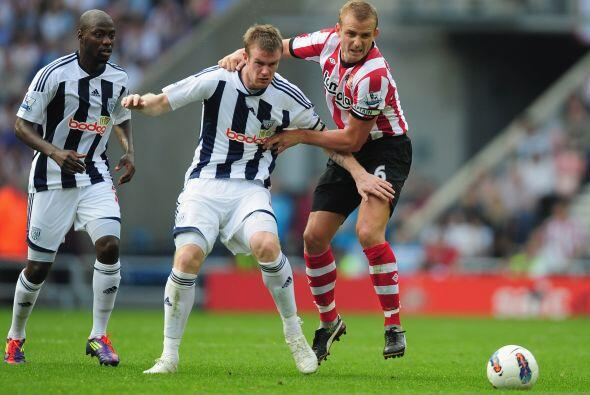 Sunderland y West Bromwich empateron en un intenso partido.