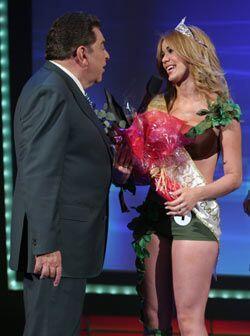 Pero solo hay una corona y esa fue para la chica número uno. Felicidades.