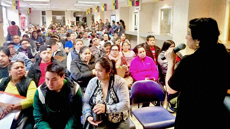 El plan de contingencia de los consulados de Ecuador busca atender las i...