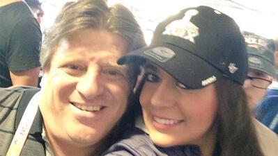 Mishelle y Miguel Herrera en una selfie.