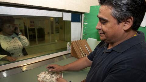 El envío de remesas ha sido un alivio para las familias mexicanas.