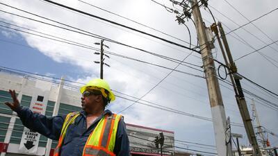 AEE asegura que restableció el servicio de electricidad a la mayoría de sus clientes en Puerto Rico