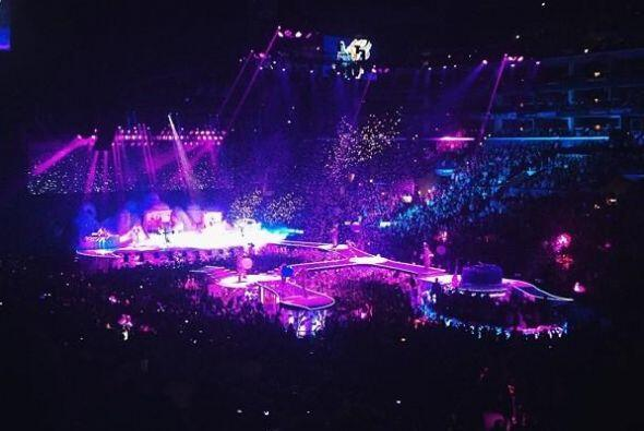 Lady Gaga se presentó en Los Ángeles y sus fans invadieron las redes con...