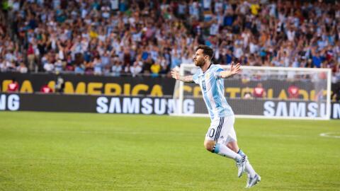 Messi conquistó el Soldier Field y llevó a la Albiceleste...