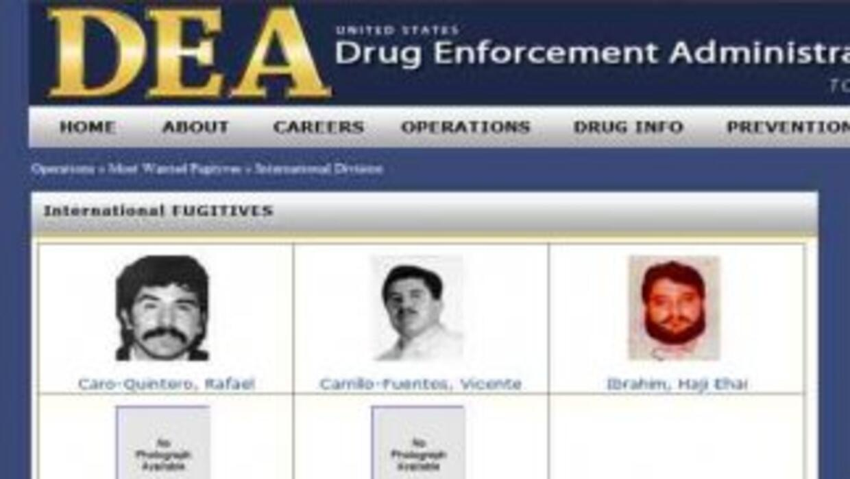 Imagen de la DEA al quitar la foto de Joaquín El Chapo Guzmán.