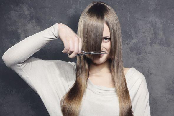No muchas chicas pueden darse el lujo de llevar el cabello largo, ya que...