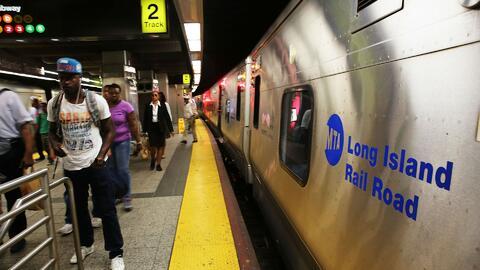 Piden reducir el costo a usuarios de la Long Island Rail Road por las re...