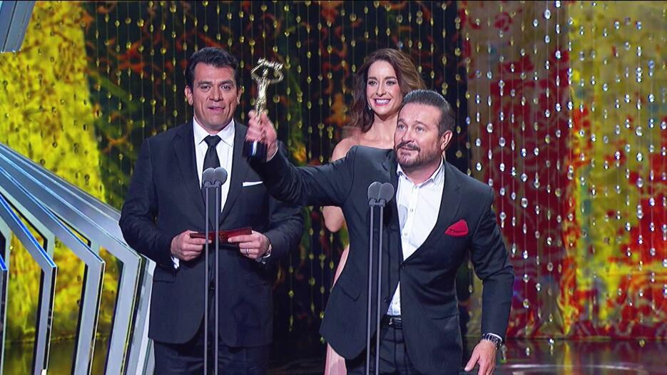 Arturo Peniche ganador Premios TVyNovelas 2016