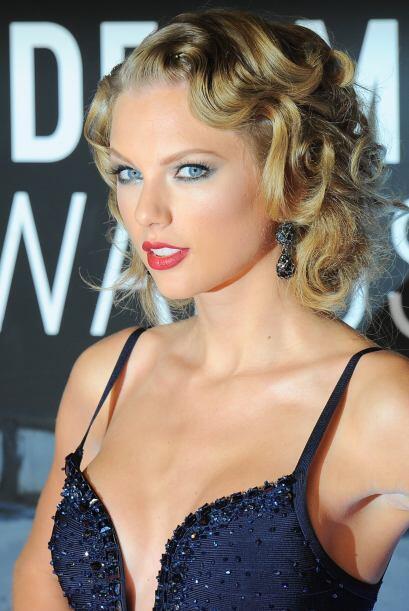 El 'pin up' de Taylor Swift es de los estilos más 'classy' cuando quiere...
