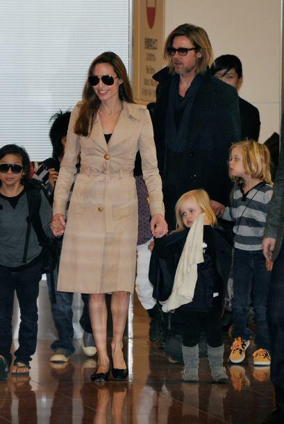 Finalmente en 2005 llegó el gran amor de su vida; Brad Pitt. Ellos se en...