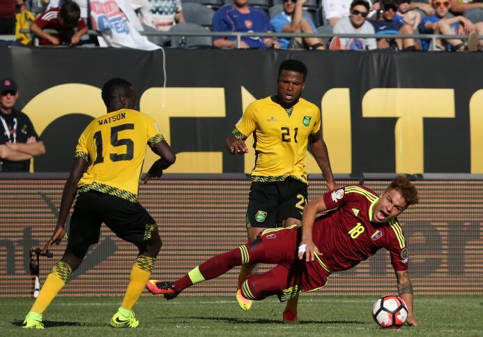 Ranking de los defensas de la Copa América Centenario 23-GettyImages-538...