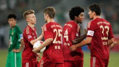 Muller y Mario Gómez fueron parte de los anotadores ante el equipo chino...