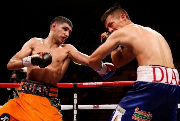 .Amir Khan derrotó a Julio Díaz por decisión un&aac...