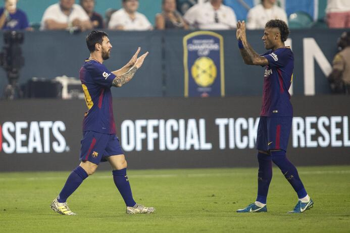 Los últimos momentos de Neymar como jugador de Barcelona 636369913712567...