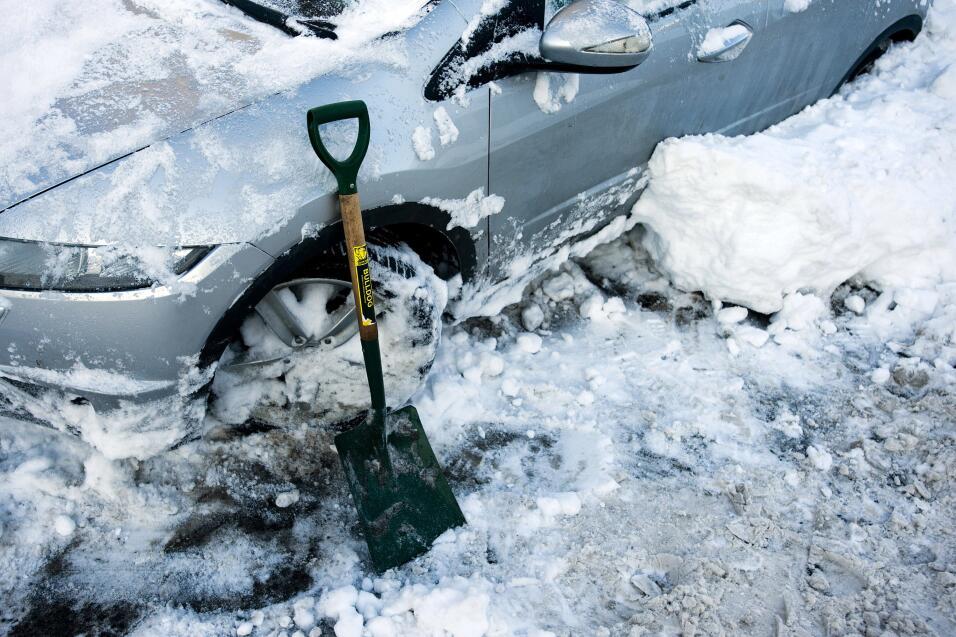 Consejos para manejar en nieve y hielo GettyImages-95677269.jpg