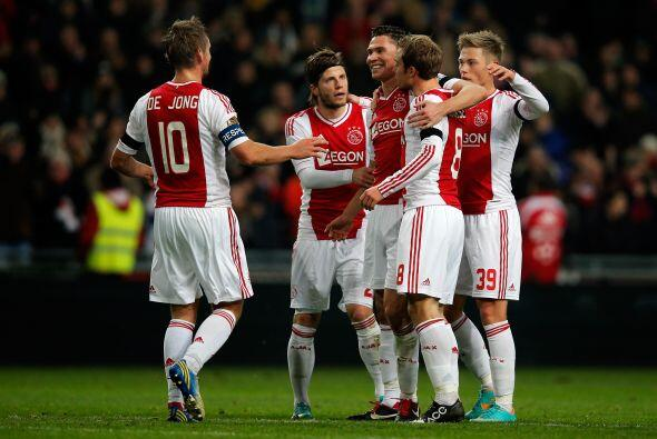 Los goles del mexicano despertaron la curiosidad del Ajax de la Eredivis...