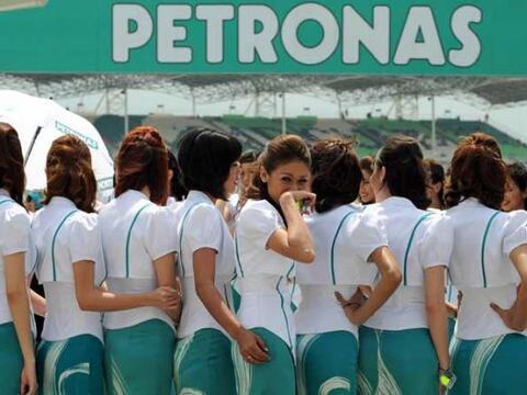 El Gran Premio de Malasia recibió la bienvenida de este ramillete...