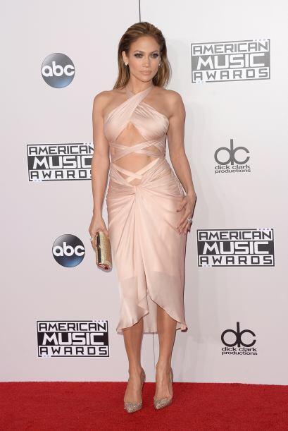 Nos queda claro que Jennifer tiene un cuerpo espectacular, pero no es ne...