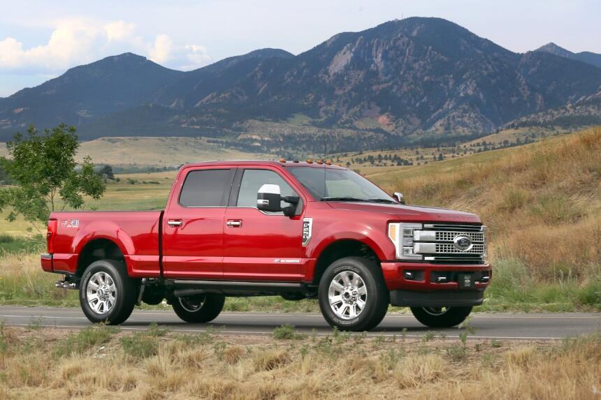 La gama de media y pesada carga de Ford ofrecerá diversas variantes, com...