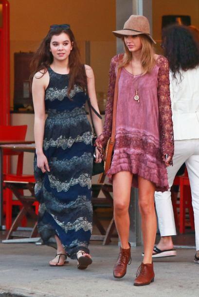 Incluso, las prendas holgadas hacen lucir a Taylor espectacular, sin olv...