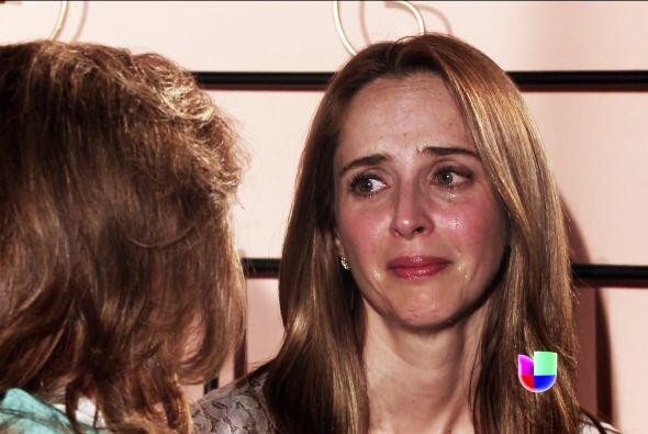 La bella Renata se desilusionó de su madre y le aclaró que jamás dejaría...