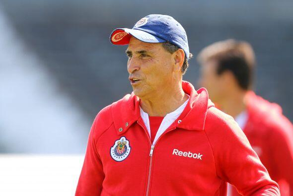 Y finalmente nombramos a José Luis Real, técnico de Chivas. Se encuentra...