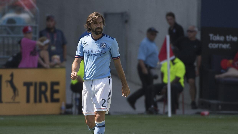 Hay un antes y un después de Andrea Pirlo en el fútbol, según Patrick Vi...