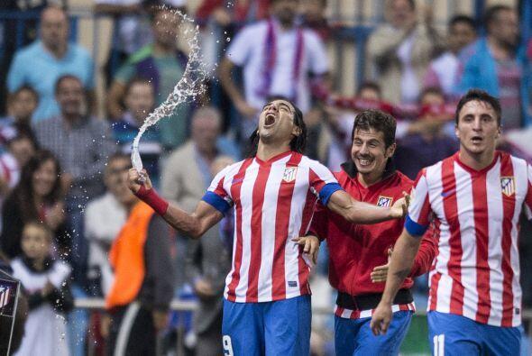 El 'Tigre' colombiano fue implacable ante la zaga del Málaga.