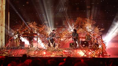 ¡Juanes llenó de energía el escenario de Premio Lo Nuestro!