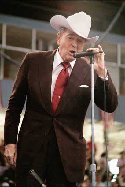 Reagan sobrevivió un atentado contra su vida frente a un hotel en Washin...