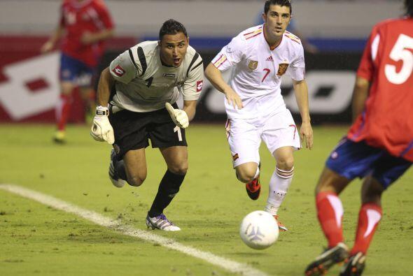 Con el Saprissa jugó el Mundial de Clubes del 2005, torneo en el que log...