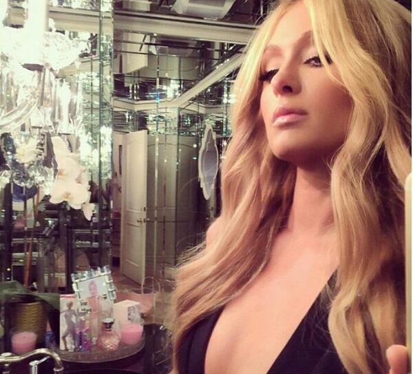 Le empresaria, cantante, modelo, diseñadora y actriz, presume su silueta...