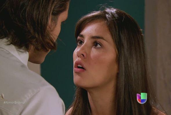 Luzma le dice a Pablo que no pueden seguir juntos, ya que nunca serán un...