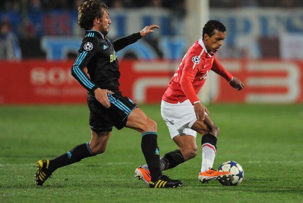 Los galos intentaron presionar en todo momento cada ataque del United.