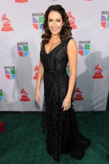 Alondra de la Parra es directora de orquesta y orgullosa mexico-american...