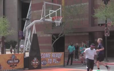 La fiebre deportiva llega al centro de Phoenix
