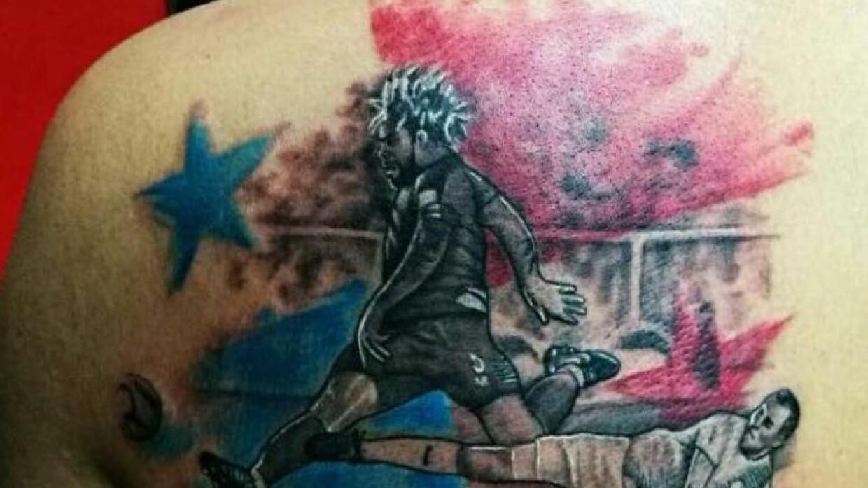 Tatuaje del gol de Román Torres