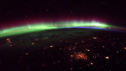 Espectacular vista de la Aurora Boreal desde el espacio