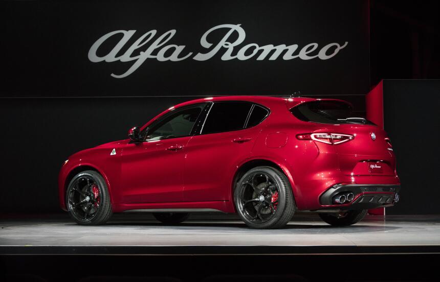 Esta es la Stelvio, la primera camioneta de Alfa Romero
