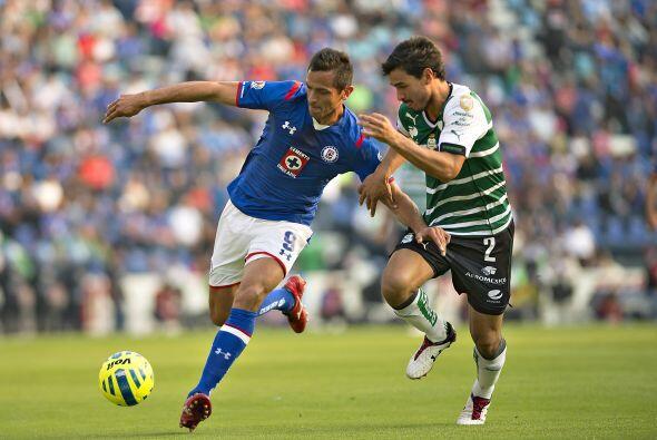 Tras un primer juego donde se mostró participativo el paraguayo de Cruz...