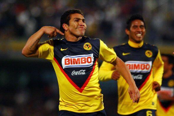Finalmente, Salvador Cabañas era el más reciente americani...